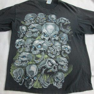 SKULL GRAPHIC T-SHIRT SIZE LARGE